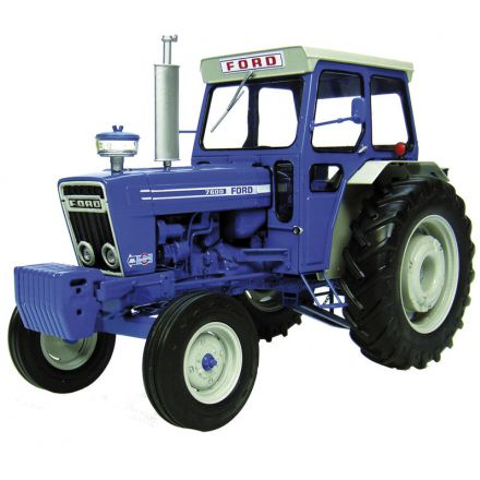 Universal Hobbies Ford 7600